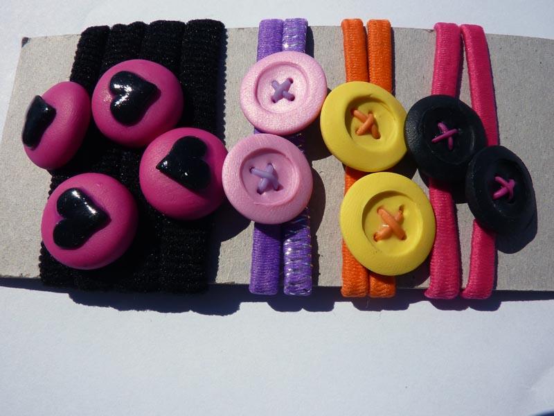 Lacci per capelli con bottoni colorati e cuori in fimo fatti a mano